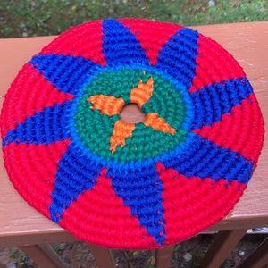 Knitted yarn frisbee